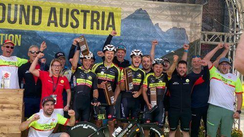 Jubel beim Team Vorarlberg. Der Vierer bewältigte das Race Around Austria in neuer Rekordzeit.TV