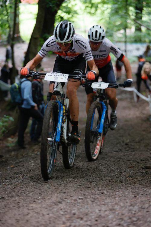 Juri Zanotti (l.) und Filippo Colombo lieferten sich einen heißen Aufstieg.