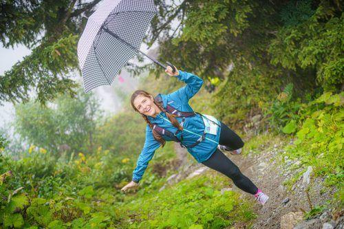 Laufen mit Schirm: Auch das wurde recht erfolgreich praktiziert.