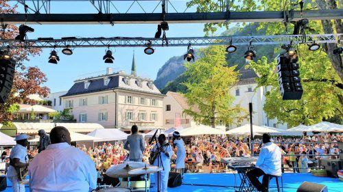 Nicht nur am Schlossplatz, sondern auch in den Hohenemser Lokalen finden Konzerte statt.Stadt Hohenems