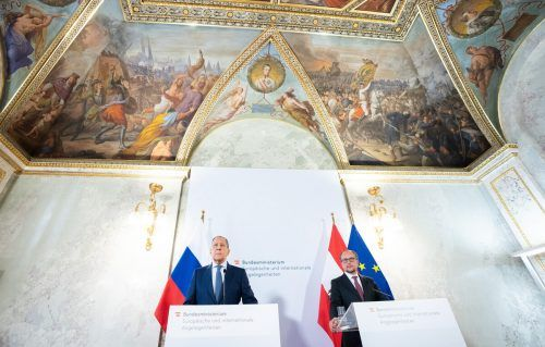 Obwohl die Minister Gemeinsamkeiten betonten, wurden hinsichtlich der Krim und des Kremlkritikers Nawalny unterschiedliche Ansichten deutlich. APA