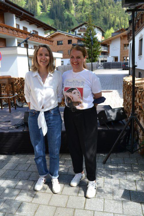 """Renée Jud und Julia Mumelter sind die Kuratorinnen und Initiatorinnen des """"Höhenrausch Specials"""" in Lech. BI"""