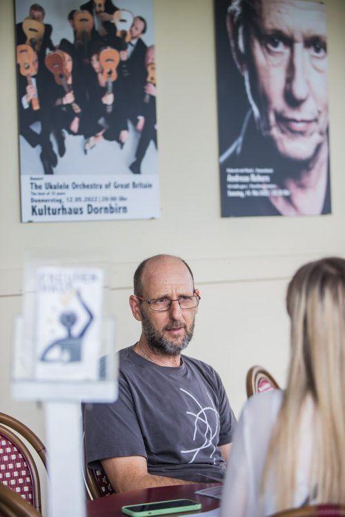 """Roman Zöhrer: """"Irgendwann haben wir mit den Künstlern gleich zwei Termine ausgemacht, um auf den Fall der Fälle vorbereitet zu sein."""" VN/Steurer"""