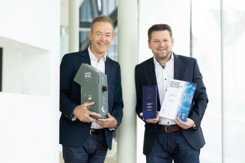 Rondo-Außendienstleiter Johannes Sikora (l.) und Entwicklungsleiter Georg Glieder freuen sich über die internationale Auszeichnung. rondo