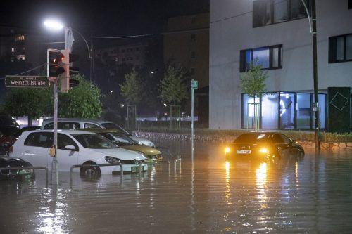 Überflutete Straßen prägten das Bild in Graz. apa