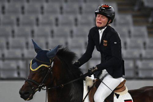 Verstörtes Pferd, unglückliche Reiterin: Annika Schleu und Saint Boy.gepa