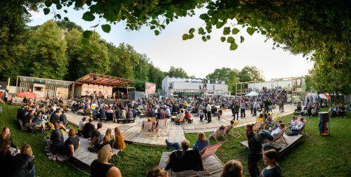 Weitaus entspannter und mit mehr Bewegungsfreiheit konnte das Poolbar-Festival 2021 gefeiert und genossen werden. Matthias Rhomberg (2)