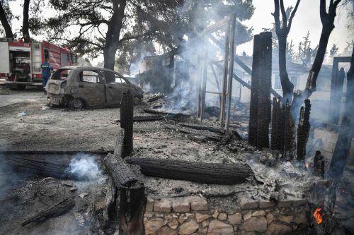 Zahlreiche Menschen haben durch die Brände ihr Hab und Gut verloren. AFP