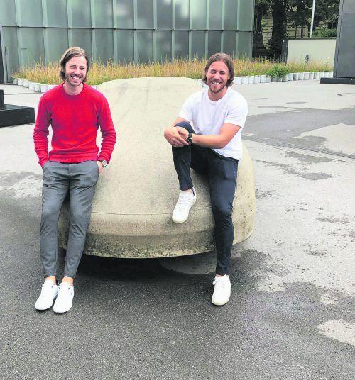 Äußerlich betrachtet könnte man meinen, Nico Schnabl und Lukas Frühstück sind Zwillingsbrüder. Die beiden verbindet auch abseits des Handballparketts eine intensive Freudschaft. Privat