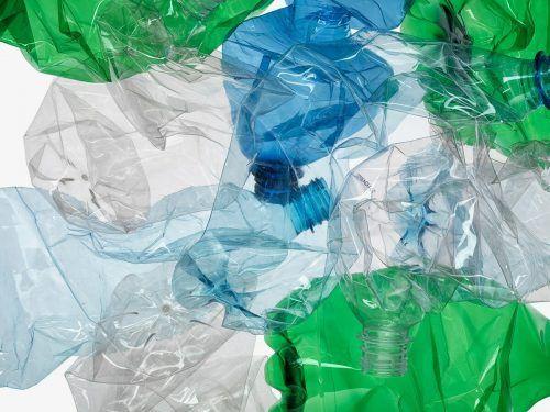 ALPLA verfügt über langjährige Erfahrung im Recycling von Kunststoffen und betreibt Recyclingwerke in verschiedenen Ländern.