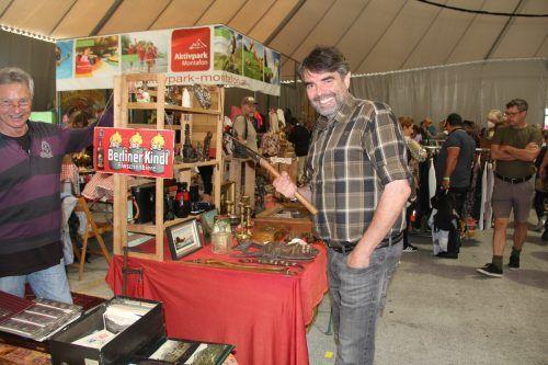 Altes fand beim Flohmarkt im Aktivpark neue Besitzer.Alle Bilder: STR