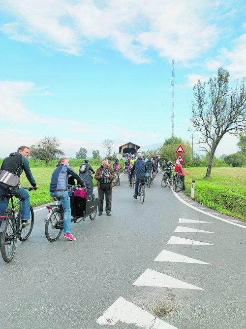 Am kommenden Sonntag wird das Ried für den motorisierten Verkehr gesperrt, Radler starten in Lustenau und Lauterach zur Sternfahrt. Gde