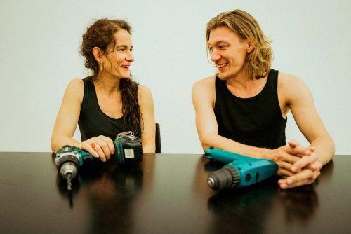 Amrei Wittwer und Nikola Bartenbach verbindet neben einer Freundschaft eine eher handwerkliche Herangehensweise an ihre künstlerischen Objekte.BI