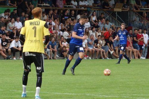 Andreas Simma (FC Andelsbuch) möchte gegen seinen Ex-Club siegen. siha/3