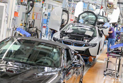 Auch bei BMW schrumpften die Neuzulassungen im August. apa