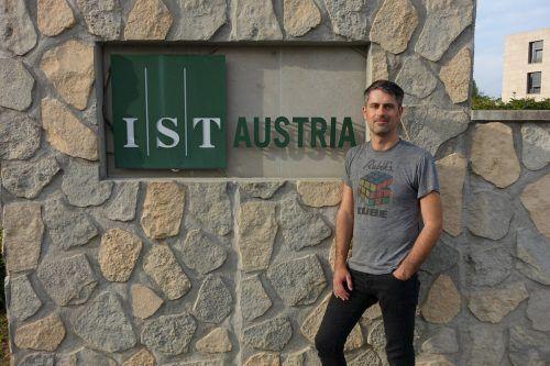 """""""Begonnen hat hier alles mit einem Professor und einem Container."""" Das IST Austria wurde 2010 in Klosterneuburg gegründet.Bickel, Natter (2)"""