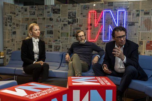 Bianca van Dellen und Hans Peter Metzler (Wirtschaftskammer Vorarlberg) mit Referent und Innovationsexperte Peter Borchers (Mitte). vn/Paulitsch
