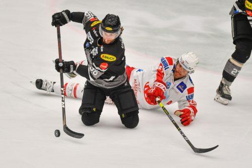 Bulldogs-Stürmer Colton Beck zeigt, dass fürs Eishockey Schlittschuhe nicht zwingend notwendig sind. gepa