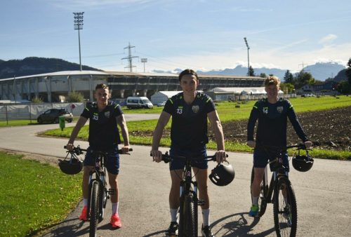 Csaba Bukta, auf dem neuen Kraftstoff-Bike, wurde für Ungarns U21 einberufen.SCR