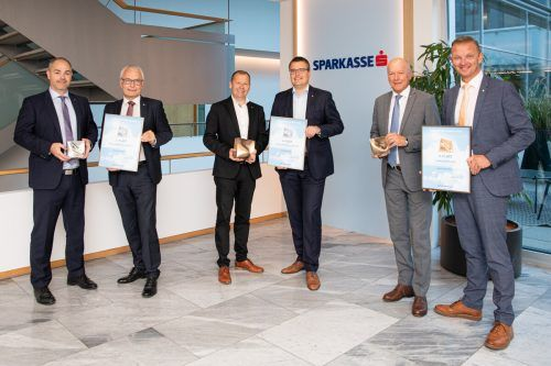 Daniel Mierer und Anton Steinberger (Feldkirch), Hermann Bachmann und Hannes Moosmann (Egg) sowie Christian Ertl und Wolfgang Eichler (Bludenz). FA