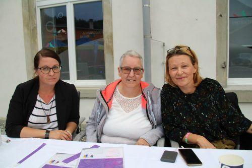 """Daniela Grüninger, Sabine Estl und Karin Kaufmann vom Verein """"Schmetterlinge""""."""