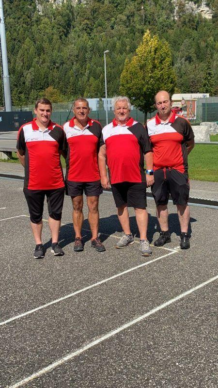 Das Bludenzer Team bei der Landesmeisterschaft der Stockschützen: Jürgen Juriatti, Erich Matthä, Raimund Walch und Vinzenz Zech.ESC bludenz