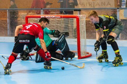 Das erste Ländle-Derby der Saison steigt bereits am 23. Oktober (18 Uhr) in der Hockeyarena an der Ach in Wolfurt. Am 12. Februar (18 Uhr) kommt es dann in der Dornbirner Stadthalle zum ewig jungen Prestigeduell.Steurer