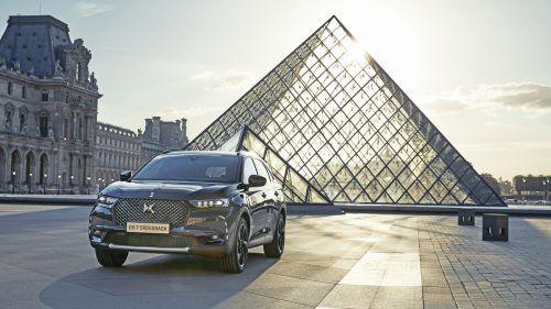 Das erste Modell von DS Automobiles, der DS7 Crossback, firmiert im SUV-Segment. Antriebe: Benziner, Diesel, PHEV. Preis: ab 44.990 Euro.