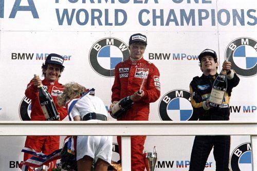 Das Podest des letzten Grand Prix in Zandvoort 1985: Sieger Niki Lauda, Zweiter Alain Prost und Dritter Ayrton Senna. afp