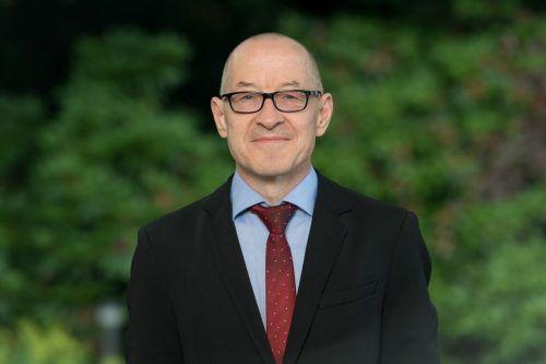 Der Schweizer Philosoph David Bosshart ist Autor mehrerer Bücher, Konsumforscher und international gefragter Referent.