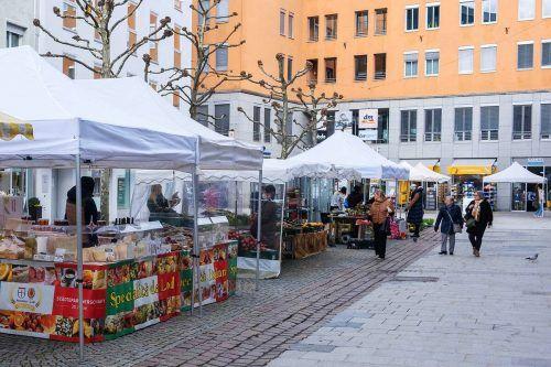 Der Samstagsmarkt in der Bregenzer Kaiserstraße. fst