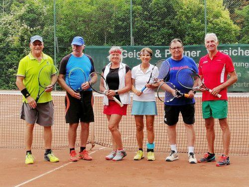Der Vorarlberger Seniorenbund mit LSR Conny Dorn und den erfolgreichen Tennisfreunden aus dem Ländle.Seniorenbund