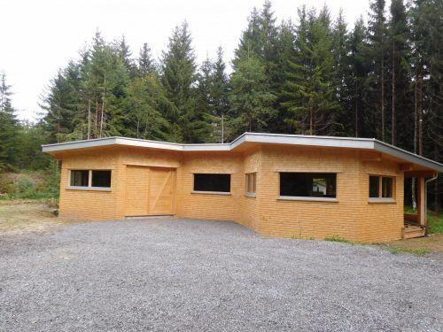 Die Arbeiten für das neue Bienenhaus in Schuttannen gehen in die finale Phase.mima (2)