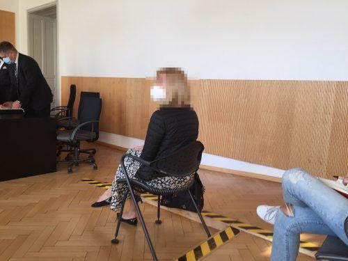 Die Erstangeklagte verweigerte die Aussage vor Gericht. vn/gs