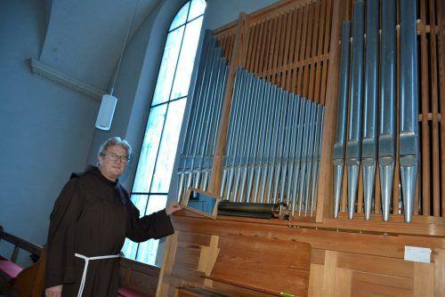 Die Kirchenorgel benötigt eine Reparatur und Reinigung. EH