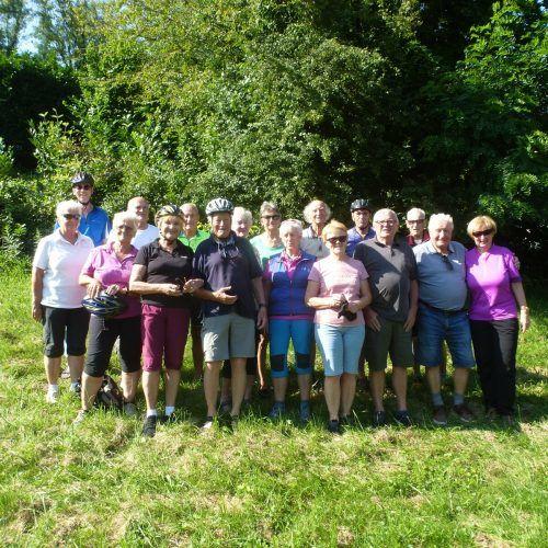 Die Lochauer Senioren machten eine Radtour an den Degersee. Seniorenbund Lochau