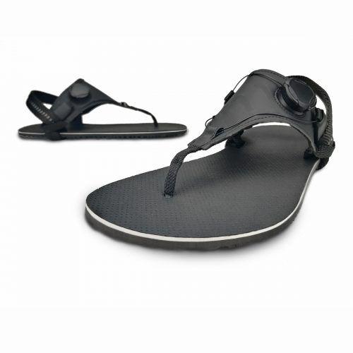 Die Sohlen der Schuhe sind nur 8 mm dick.