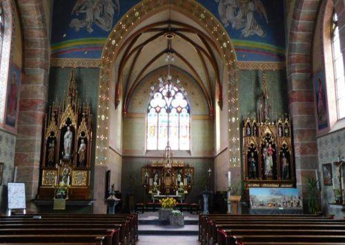 Die Weiler Pfarrkirche wird am Wochenende zur Bühne. Mäser