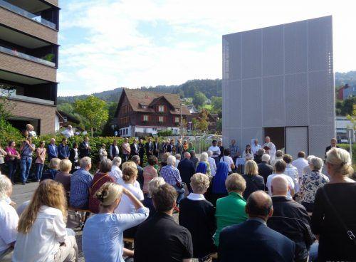 Die zahlreich zum Festakt gekommene Seedomizil-Gemeinschaft feierte ein bemerkenswertes Projekt. STP/3