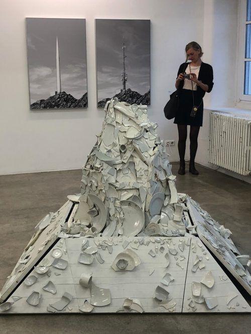 Ein Hingucker war der Keramikberg von Markus Hiesleitner.
