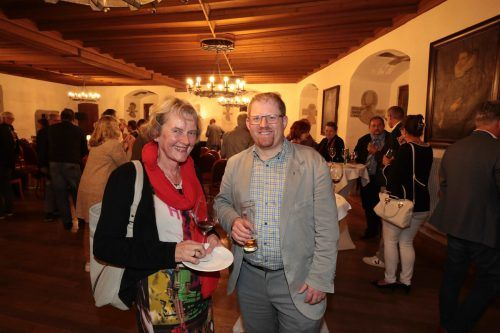 Elisabeth Keckeis und Dompfarrer Fabian Jochum.