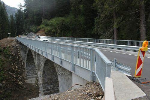 Erst Ende August wurden Restarbeiten an der Gaisbachbrücke beim GH Bodenalpe beendet, jetzt wiederholt sich das Sperr-Szenario wegen der Rüfetobelbrücke.