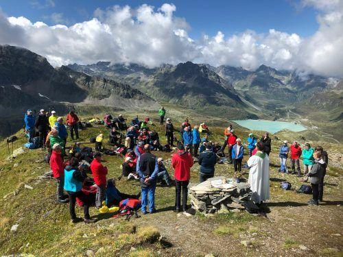 Gipfelmesse auf dem Hennekopf/Silvretta. sb Lochau/2
