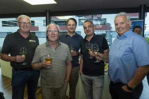 Gut gelaunt: Jummy Lüchinger (Beerli), Martin Dietsche, Thomas Dietsche (M+M Architektur), Bernd Hager (Zech Kies) und Peter Paulitsch (Hagleitner).Paulitsch