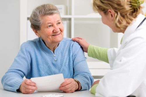 """""""Im Arzt-Patienten-Verhältnis ist es in den vergangenen Jahren und Jahrzehnten zu einem Paradigmenwechsel gekommen"""", sagt Gerald Timmel. Adobe"""