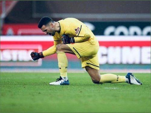 Im Dress des FC St. Pauli konnte sich Dejan Stojanovic im Frühjahr 2021 mehrmals auszeichnen.VN/2