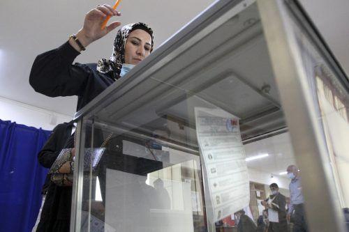 InRusslandfand am Sonntag der dritte und letzte Tag derParlamentswahl statt. Manipulationsvorwürfe stehen im Raum.AP