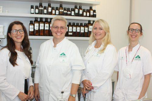 Johanna Sonderegger, Geschäftsführerin Barbara Hennig, Gabi Cajnko und Cornelia Graziudei. VN/TK