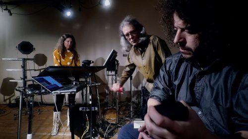 """""""Klänge sind wie Steine, die man sich zurechtmeißeln muss"""", das Thomas Gorbach Trio.thomas gorbach trio"""