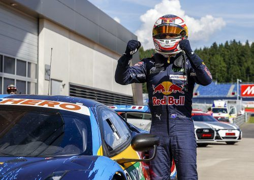 Liam Lawson war der Dominator bei den DTM-Rennen in Spielberg. Links der Wolfurter Martin Tomaselli. apa